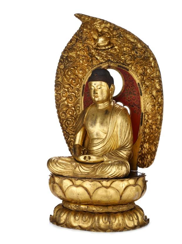 Le Bouddha Amida trônant dans sa Terre pure Japon, Kyōto. 18e siècle Bois doré. H 100 cm Don d'Edmond Rochette en 1938 Musée d'ethnographie de Genève Photo : J. Watts