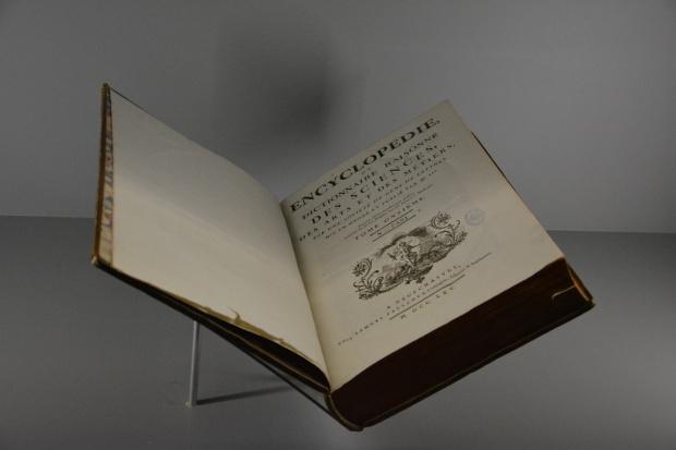 Ejemplar de la Enciclopedia o